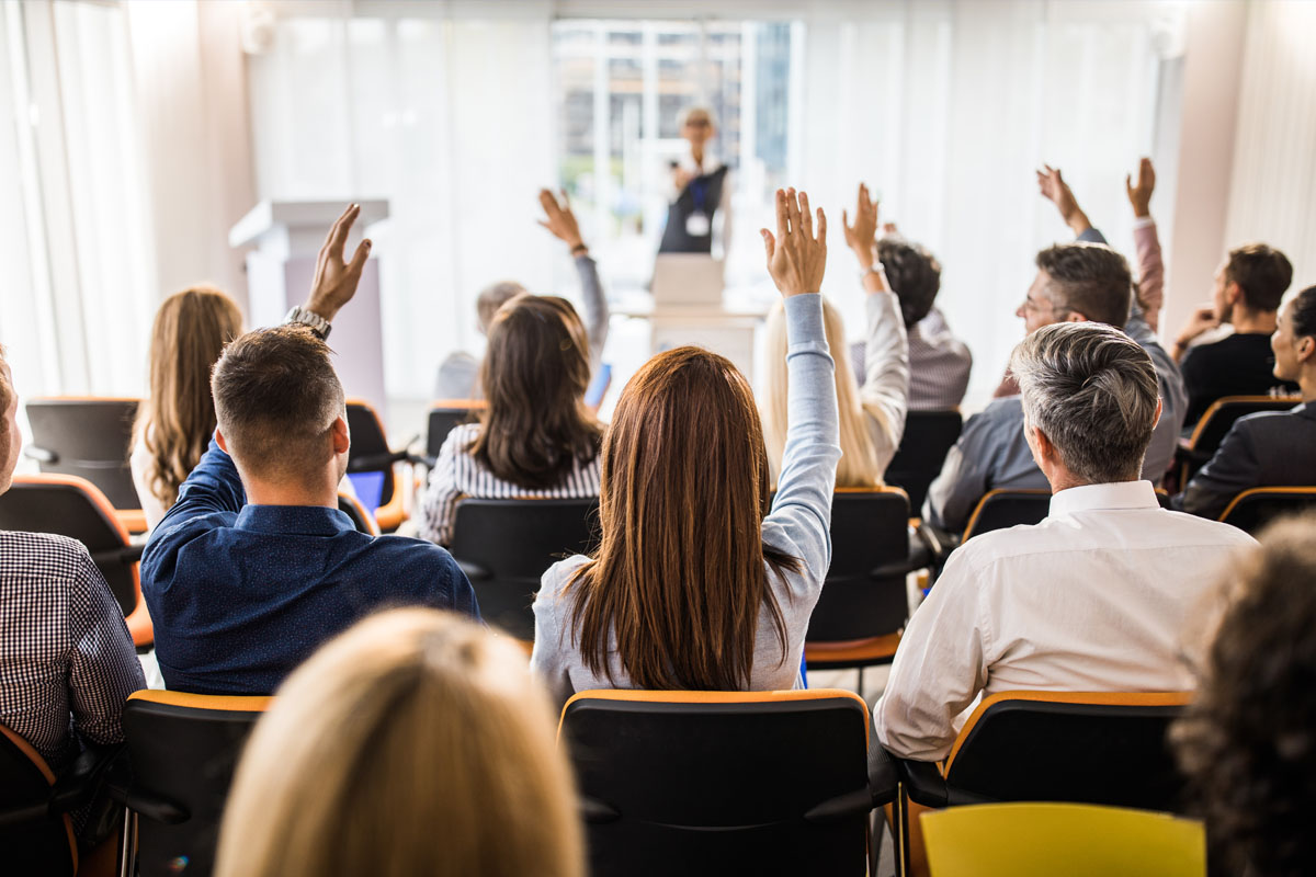 4 Reasons You Should Attend Professional Conferences